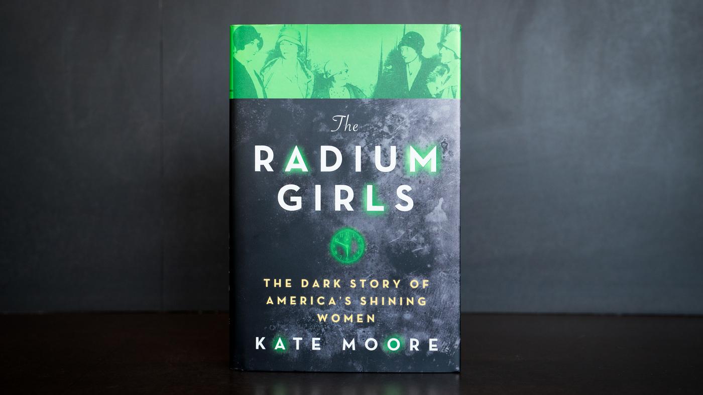 2017-04-21-radium-girls-mcarrasquero-002